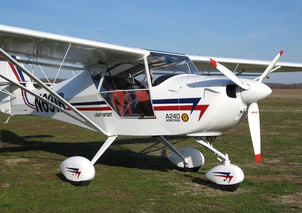 Aerotrek light sport aircraft, Aerotrek A220 taildragger